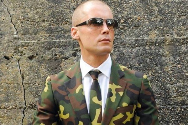 camouflage suit uk